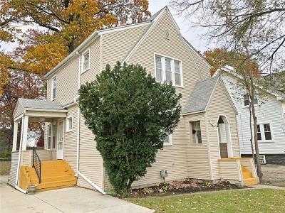Royal Oak, Ferndale, Clawson, Berkley, Pleasant Ridge Single Family Home For Sale: 129 E Maryland Avenue