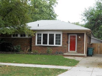 Oak Park Single Family Home For Sale: 8873 Woodside Park Drive