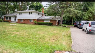 Farmington Hills Single Family Home For Sale: 29876 Beacontree Street