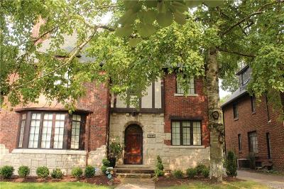Detroit Single Family Home For Sale: 19570 Stratford Road