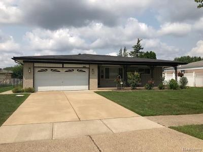 Sterling Heights MI Single Family Home For Sale: $249,900