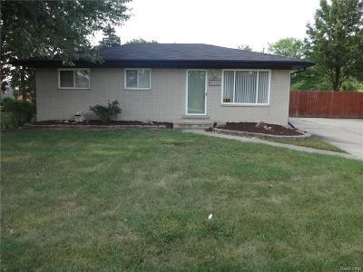 Warren Single Family Home For Sale: 22002 E. Sunset E 13 Mile Road