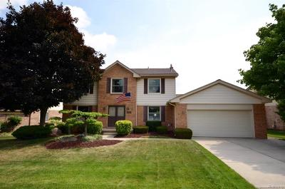 Novi MI Single Family Home For Sale: $410,000
