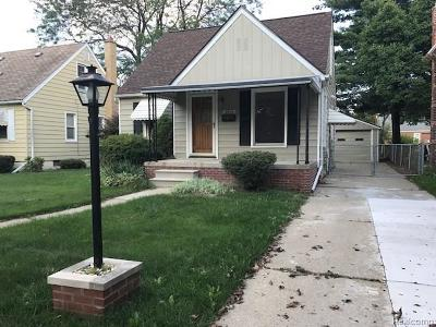 Dearborn MI Single Family Home For Sale: $134,000