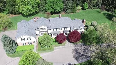 Bloomfield Hills Single Family Home For Sale: 765 Vaughan Road