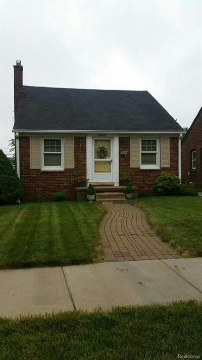 Dearborn, Dearborn Heights Single Family Home For Sale: 24825 Oxford Street