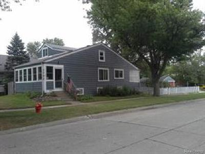 Royal Oak Single Family Home For Sale: 3502 N Main Street