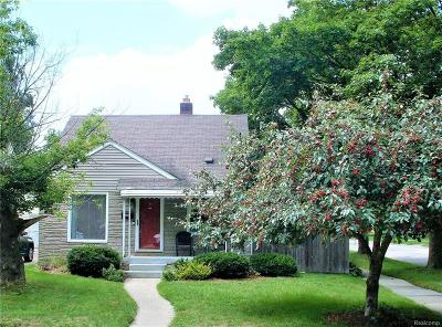 Royal Oak Single Family Home For Sale: 2727 Rochester Road