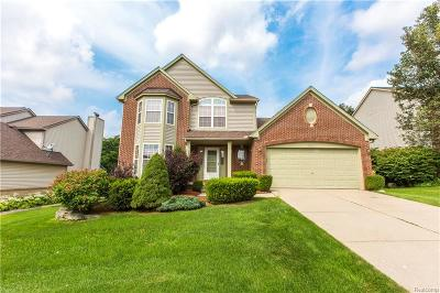 Commerce Twp Single Family Home For Sale: 2820 Augusta Drive