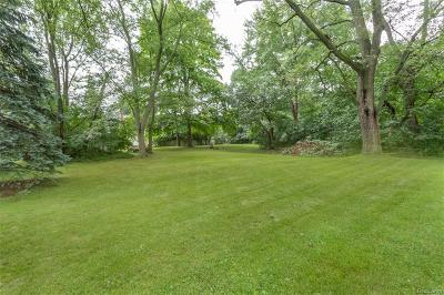 West Bloomfield Twp Residential Lots & Land For Sale: Pontiac Trail