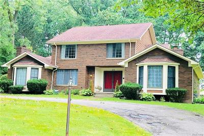 Bloomfield Twp MI Single Family Home For Sale: $415,000