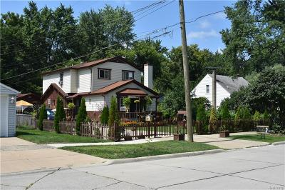 Dearborn Heights Single Family Home For Sale: 5130 Raymond Avenue