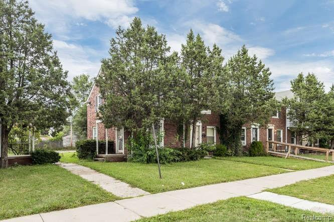 10 Unit Property in Detroit for $500,000