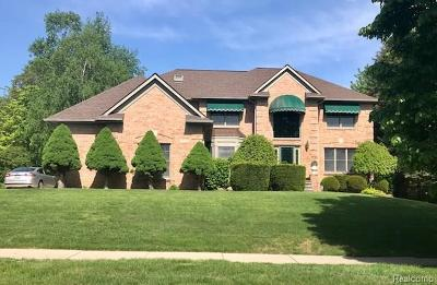 Plymouth Single Family Home For Sale: 9220 Colony Farm Drive