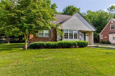 Dearborn Single Family Home For Sale: 15749 Andover Drive