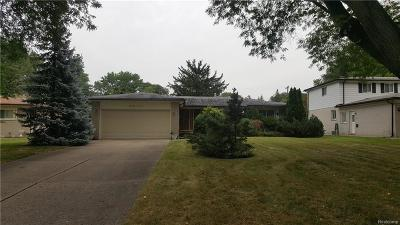 Southfield MI Single Family Home For Sale: $179,900