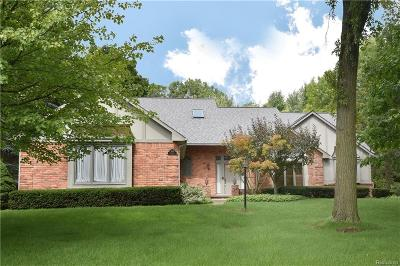 Bloomfield Twp Single Family Home For Sale: 1145 Northover Drive