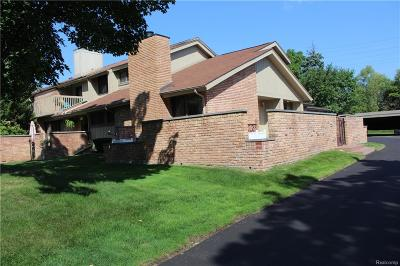 Bloomfield Twp Condo/Townhouse For Sale: 1576 S Hill Boulevard