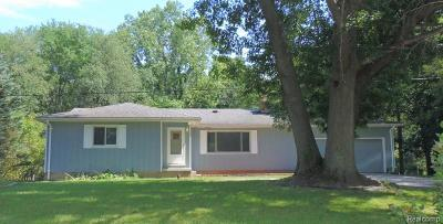 Holly Twp, Holly Vlg, Holly Single Family Home For Sale: 14389 Hess Road