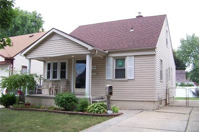 Lincoln Park MI Single Family Home For Sale: $94,900