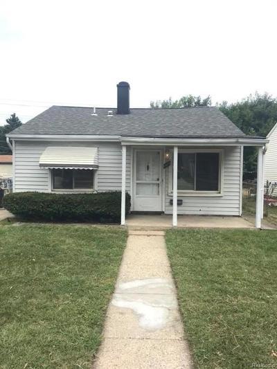 Hazel Park Single Family Home For Sale: 1415 E Meyers Avenue