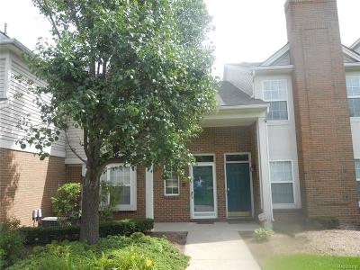 Sterling Heights Condo/Townhouse For Sale: 42927 Richmond Drive