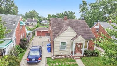 Dearborn Heights MI Single Family Home For Sale: $114,500