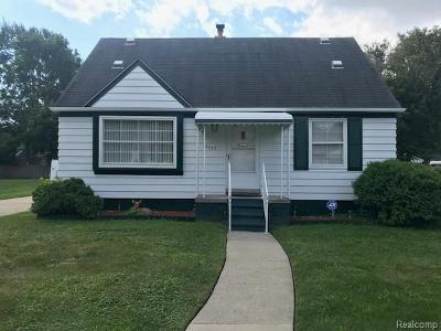 Redford Twp Single Family Home For Sale: 25035 Midland