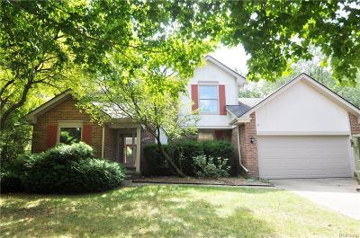 Rochester Hills Single Family Home For Sale: 1487 Antler Court