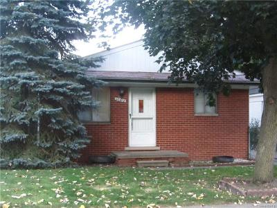 Livonia Single Family Home For Sale: 20418 Angling Street
