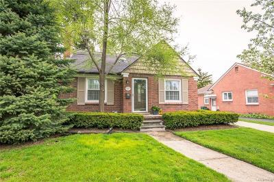 Huntington Woods Single Family Home For Sale: 10424 Nadine Avenue