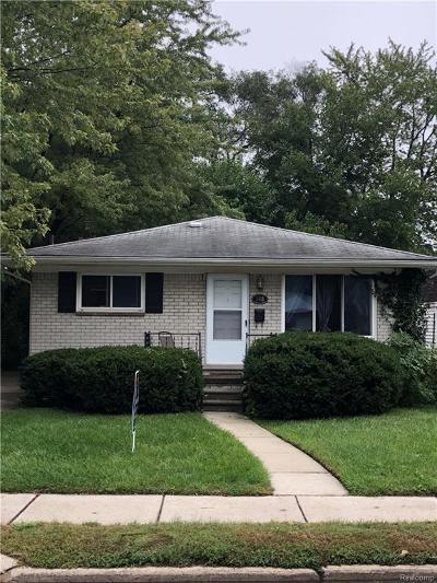 Royal Oak Single Family Home For Sale: 3410 N Main Street
