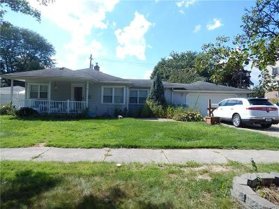 Dearborn Heights Single Family Home For Sale: 8063 Nightingale Street