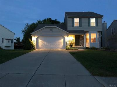 Waterford Twp Single Family Home For Sale: 5723 Lockwood Drive
