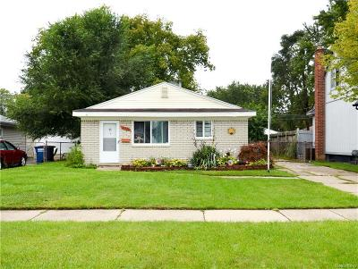 Westland Single Family Home For Sale: 31530 Parkwood Street