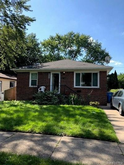 Dearborn Heights Single Family Home For Sale: 5330 Croissant Street