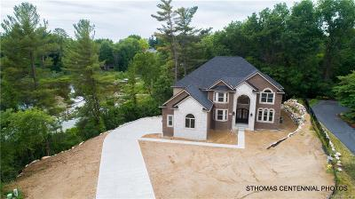 Novi Single Family Home For Sale: 4400 Boardwalk Avenue