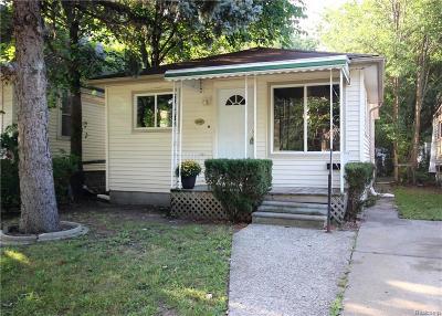 Ferndale Single Family Home For Sale: 1640 Silman Street