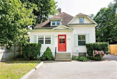 Royal Oak Multi Family Home For Sale: 305 W Twelve Mile Road