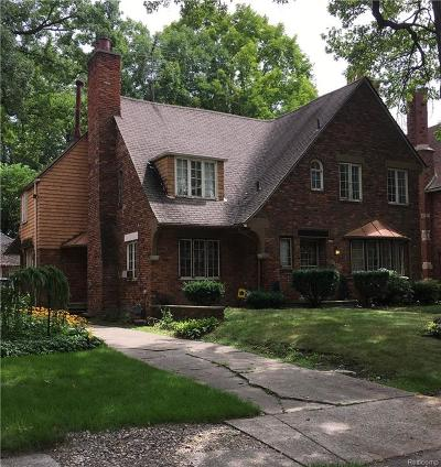 Detroit Single Family Home For Sale: 19332 Berkeley Road