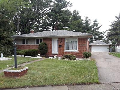 Warren, Eastpointe, Roseville, St Clair Shores Single Family Home For Sale: 5107 McKinley