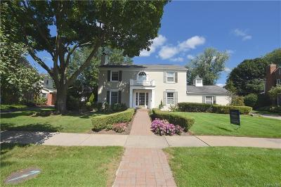 Bloomfield Twp Single Family Home For Sale: 140 Hamilton Road