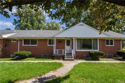 Romulus Single Family Home For Sale: 5821 Dexter