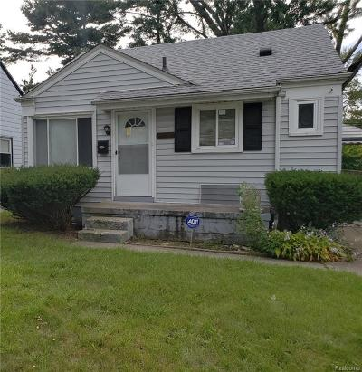 Redford Twp Single Family Home For Sale: 17233 Five Points Street