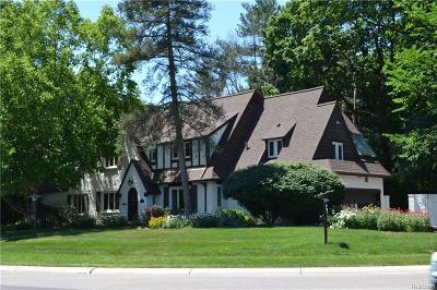 Bloomfield Twp Single Family Home For Sale: 391 N Cranbrook Road N