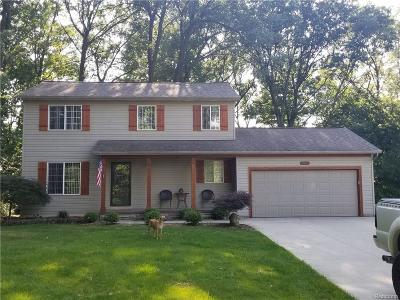 Waterford Twp Single Family Home For Sale: 2925 Coventry Drive