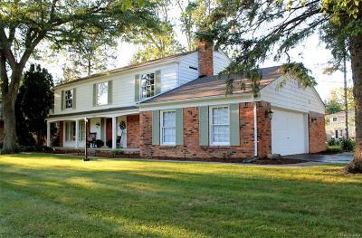 Beverly Hills Vlg Single Family Home For Sale: 31483 Sleepy Hollow Lane