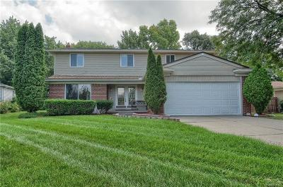 West Bloomfield Single Family Home For Sale: 6581 Beverly Crest Drive
