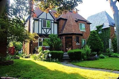 Detroit Single Family Home For Sale: 16842 Warwick Street