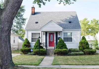Allen Park Single Family Home For Sale: 14853 Russell Avenue